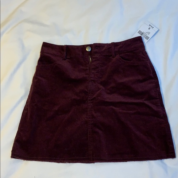 Brandy Melville Dresses & Skirts - Burgundy Skirt